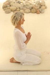 Cathy i bönemudra